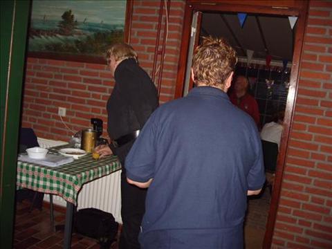 35_jubileum_mmcn_44__de_wij_willen_niet_op_de_foto_foto....jpg